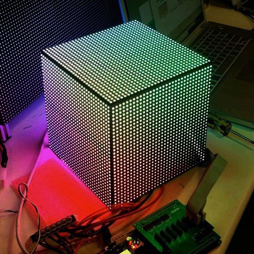 LED-Video-Cube-with-6144-LEDs