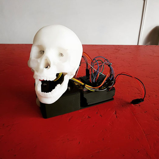 animatronic-robotic-skull